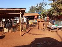 Winkeltje langs de route naar PEFO