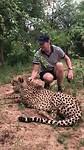 Chris met cheeta