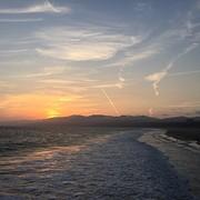 De zonsondergang op Santa Monica Pier