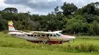 Ons vliegtuig is geland in Palumeu