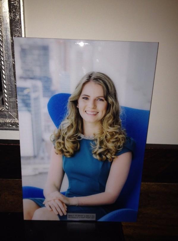 Het officiële portret van Nadine dat op de ALP SWEEPER komt te hangen. En natuurlijk ook thuis!