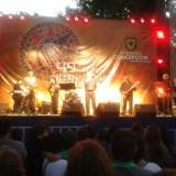 Waanzinnige goede folk-rock band ter afsluiting Festival des Artes Concepcion