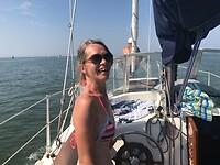 Captain Monique op zee