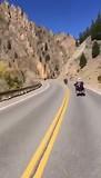 Tour door de bergen , richting Grand Lake