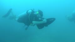 Toet, toet, Onderwaterscooter