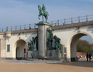 Oostende.Leopold_II_(05)