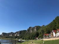 Rathen aan de Bastei kant van de Elbe