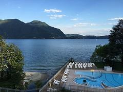 Uitzicht vanaf balkon bij hotel Zust