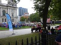 Filmvoorstelling op het gras van de City Hall