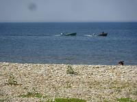 Twee vissers komen binnen