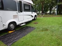 Een enorme plas voor de camper!