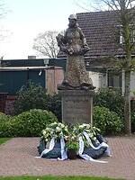 Monument voor de 34 gevallen soldaten en 19 burgers bij de slag op 10 mei 1944