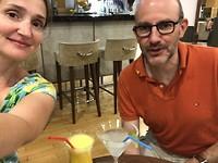 Genieten van de bingo prijs: wellness smoothie (vers maar flauw) en Margarita ( te weinig alcohol)