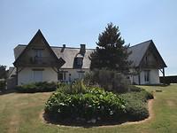 ons huisje ( deel uiterst links), het zijn drie woningen(eigenaars rechts)