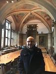 Burgemeester Koen in de raadzaal van Aachen