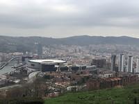 Uitzicht over Bilbao vanaf de camperplaats.