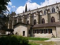 190521 kerk in tuin II