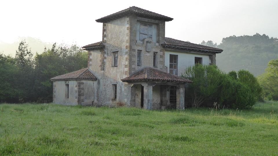 Casona de la Condes in Cigüenza.