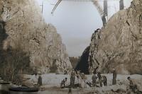 Oude foto bouw spoorbrug in pension.