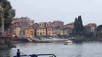 Op de pont naar Bellagio