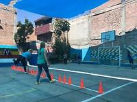 Meesporten op de school in Ayacucho
