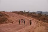 terug van het land met de maniok