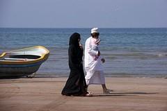 veel zwart, wit in Muscat