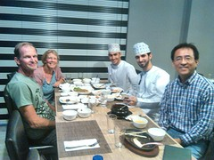 met Ho Chun, Ali en Husein