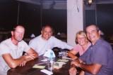 Brasilia, met Zemir en en van zijn vrienden in het restaurant