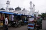 de grote moskee Banda Aceh-550