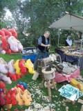 Klompenmaker aan het werk