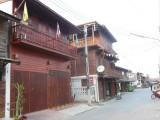 Veel houten huizen in Chiang Khan