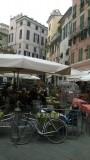 Eerste dag: mijn fiets op het Piazza delle Erbe in Genua