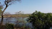 Ontbijten met aan de overkant van de rivier Angola