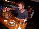 Ons favoriete eten in China: stokjes vlees en groente: hotpot