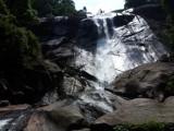 Ramon bij de waterval