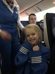Echte stewardessenjas aan!