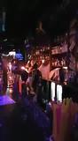 Coyotes bar vuur show