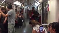 ...,..zelfs in de metro