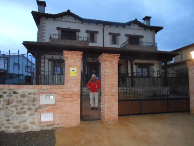 Vertrek vanuit ons mooie huis in aldeanueva del camino foto de via de la plata van ria en - Mooie huis foto ...