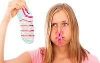 Effektive-Hausmittel-gegen-Schweissfuesse-und-fussgeruch