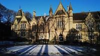 Universiteit in de sneeuw