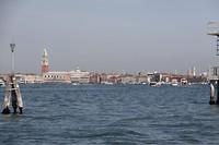 Venetië vanaf de boot gezien