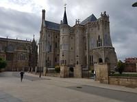 Gaudi museum. Tot 8 uur open, maar mocht er om half 8 niet meer in.