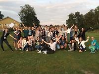 Alle internationale studenten op het aankomstkamp