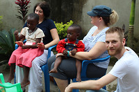 Mercy Ministries: Naar de orphanage