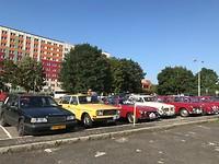 """De parkeerplaats van het """"Duo Hotel"""" in Praag."""