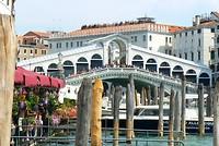 De beroemde Rialto brug