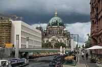 Dom van Berlijn aan de rivier Spree