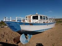 Wat doet die boot in de woestijn......